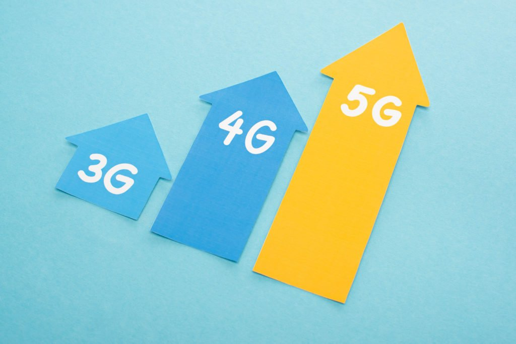 3g, 4g and 5g arrows on a blue background.