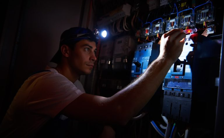 Does Cable Internet Work During a Power Outage?
