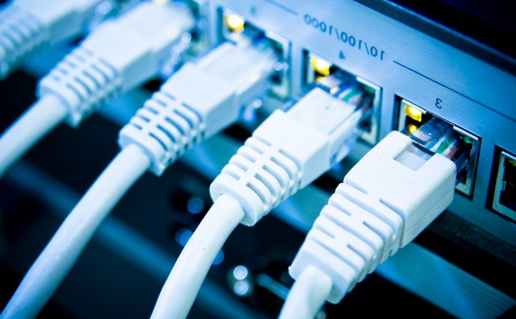 Why Is My Ethernet Light Blinking Orange/Green? (+ Fix It?)