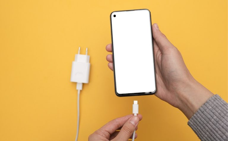 Your iPhone/iMac Charger Turns Yellow? (+ 4 Ways to Fix It)