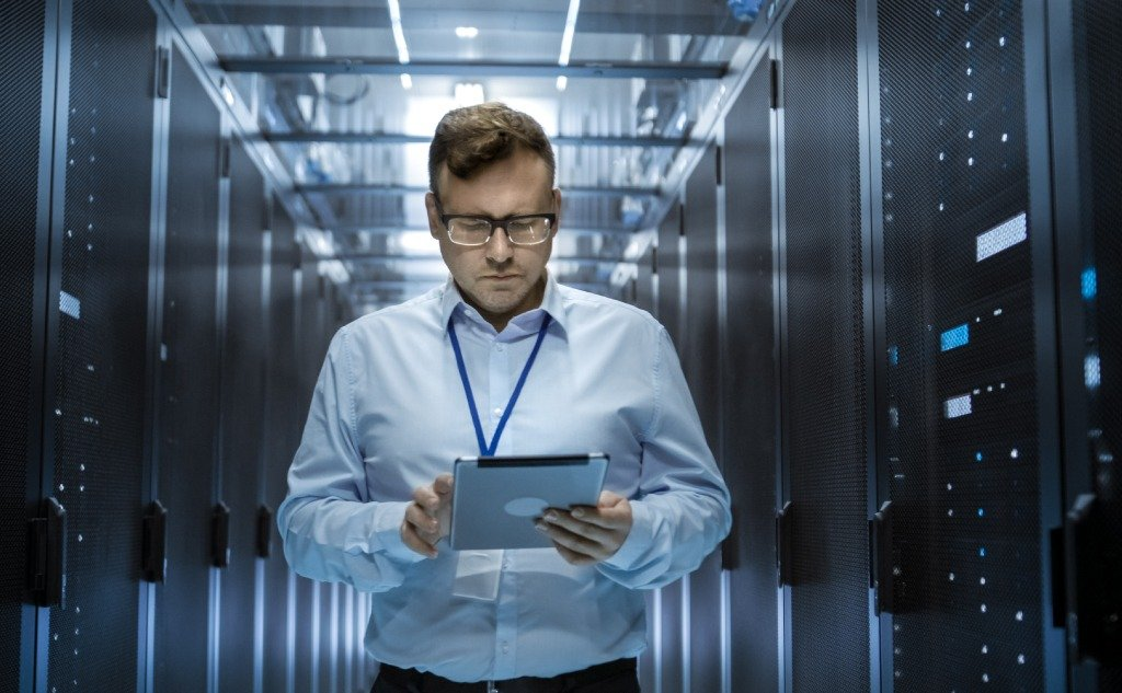 How to Do an IT Architecture Review? (+ Vital Facts)