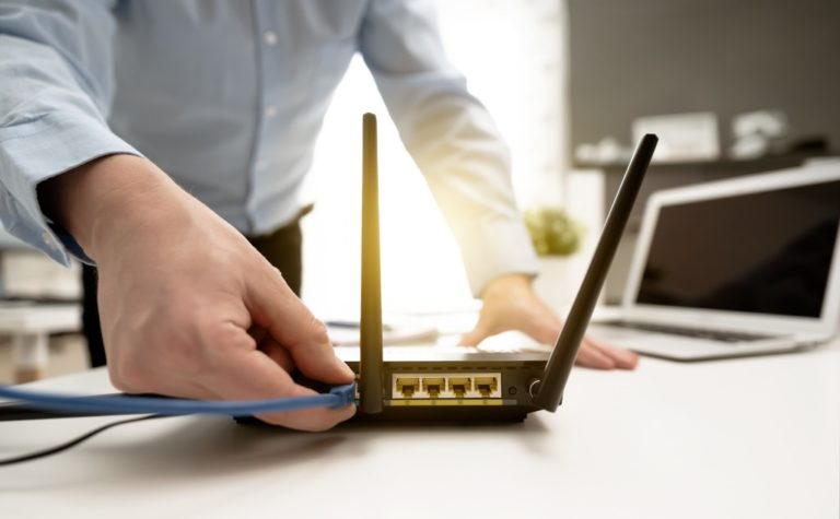 How to Use a Wi-Fi Router Without a Coaxial/Ethernet Cable?
