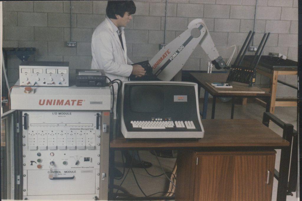 Unimate computer.